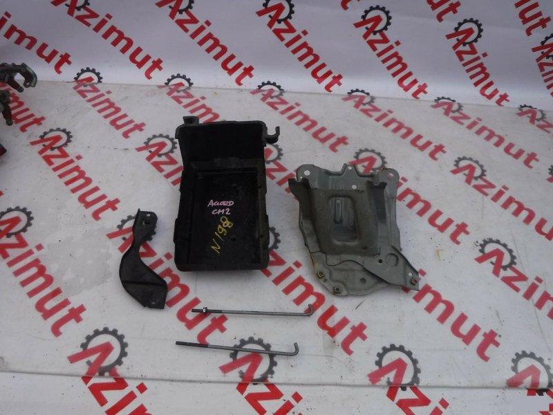 Подставка под аккумулятор Honda Accord CM2 K24A (б/у) 198