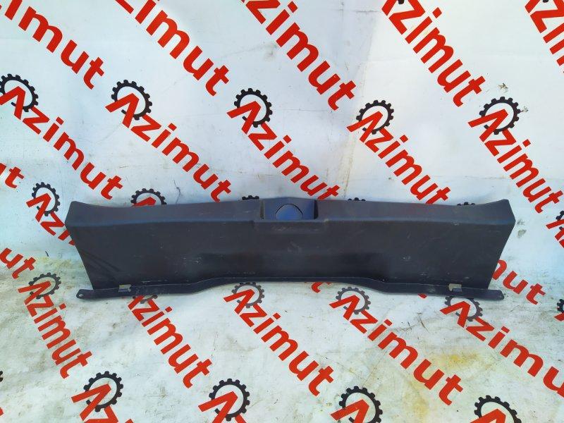 Накладка замка багажника Suzuki Sx4 YB11S M15A 2006 (б/у) 263
