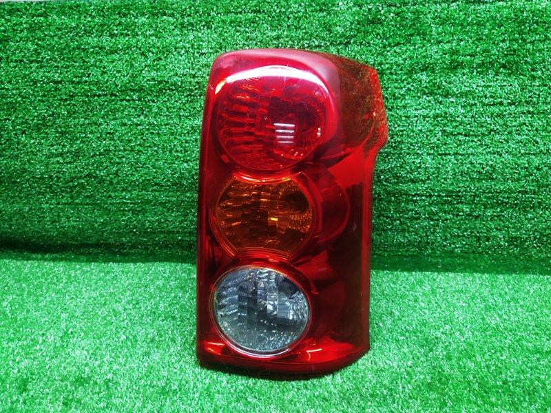 Стоп-сигнал Toyota Raum NCZ20 правый (б/у) 876 46-6