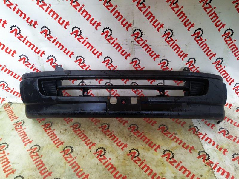 Бампер Toyota Hiace LH188 2004 передний (б/у) 321