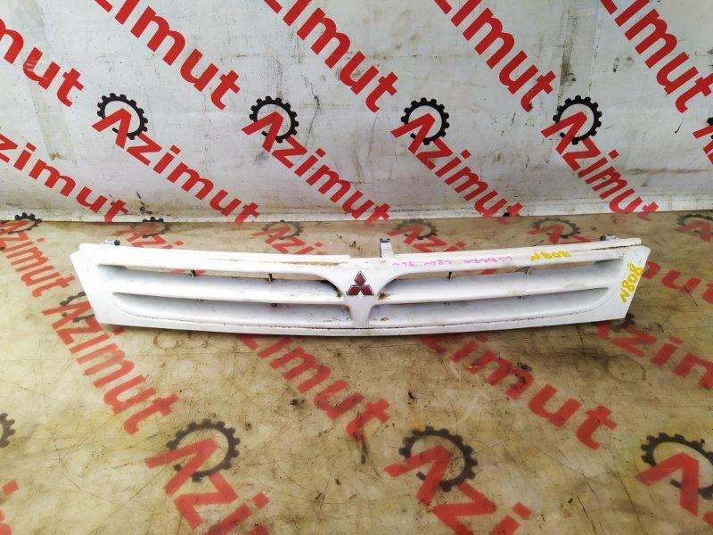 Решетка радиатора Mitsubishi Libero CD2V 1996 (б/у) MR221440 808