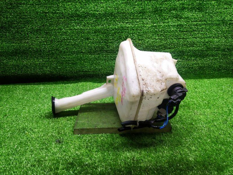 Бачок омывателя Toyota Ractis SCP100 (б/у) 731