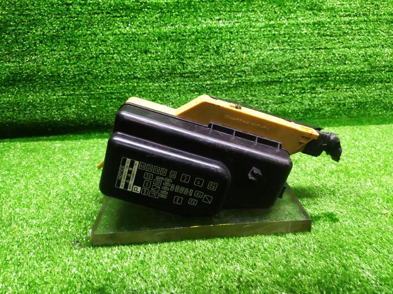 Блок предохранителей под капот Toyota Starlet EP95 4EFE 1997 (б/у)