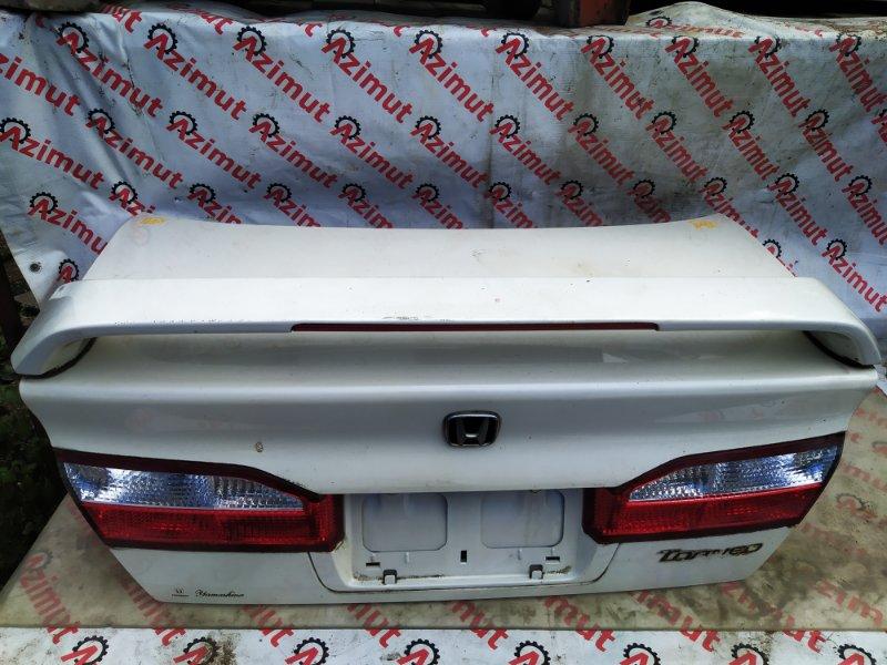 Крышка багажника Honda Torneo CF3 (б/у) 461/2