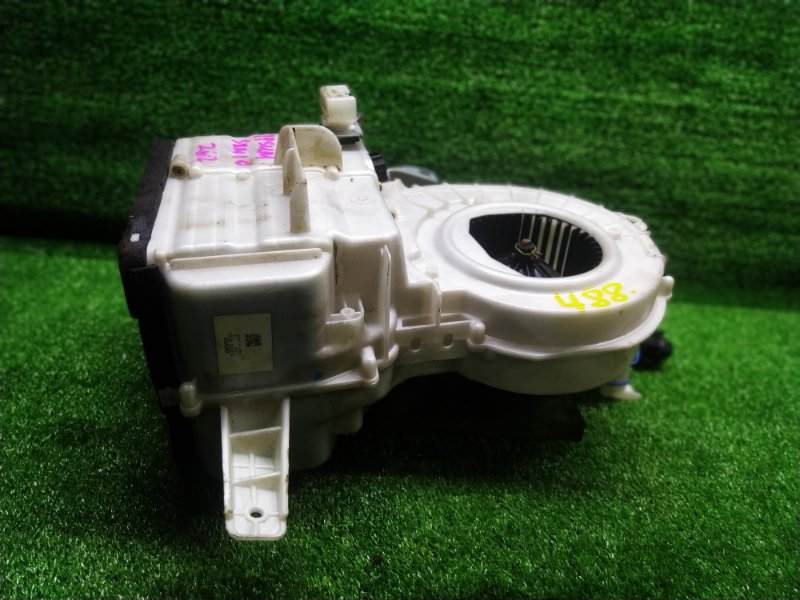 Печка Toyota Ipsum SXM10 3SFE 1999 задняя (б/у) 488