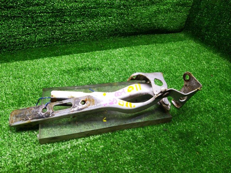 Петля капота Honda Fit GD1 (б/у) 011