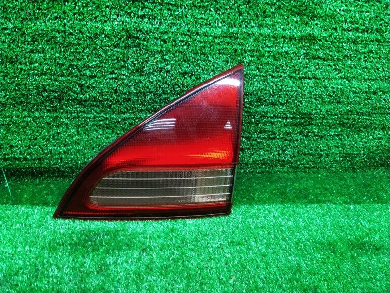 Стоп-вставка Nissan Wingroad WFY11 правая (б/у) 132-24824