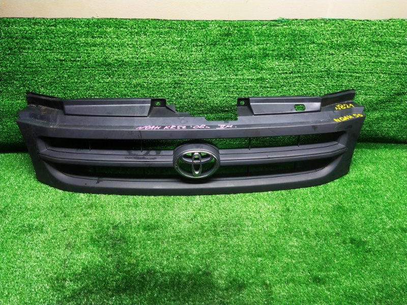 Решетка радиатора Toyota Noah KR52 2006 (б/у) 53100-28230 821