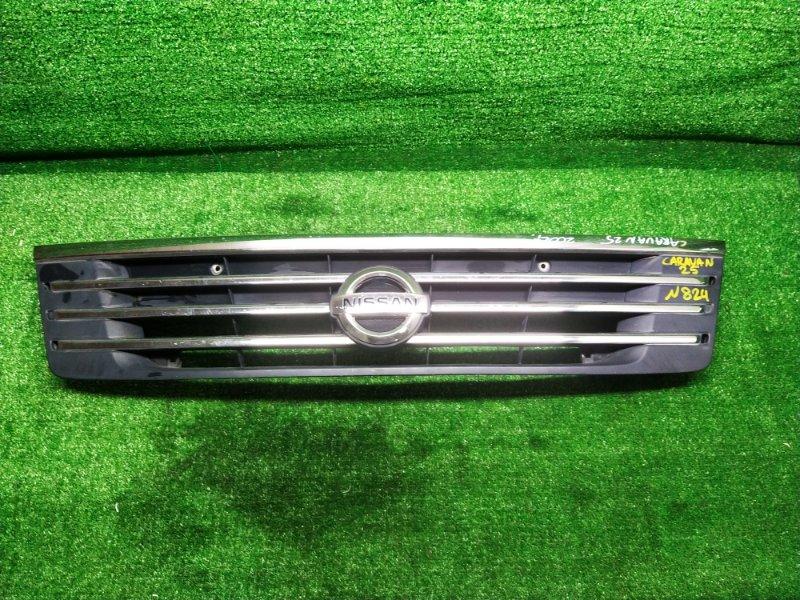 Решетка радиатора Nissan Caravan DWMGE25 2002 (б/у) 62310 VW100 824