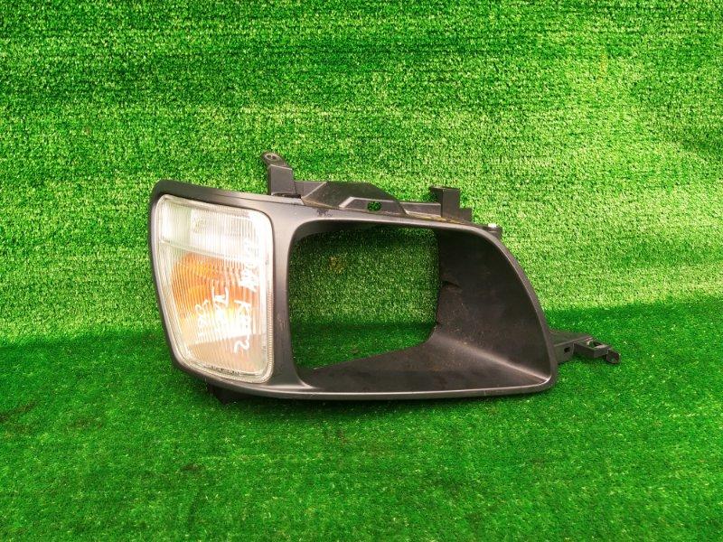 Очки Toyota Noah CR52 3C-E 2002 передние правые (б/у) 332 28-112