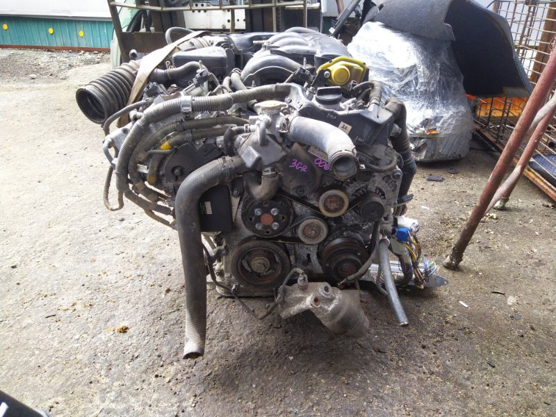 Двигатель Toyota Crown GRS183 3GRFSE 2004 (б/у) 0066702