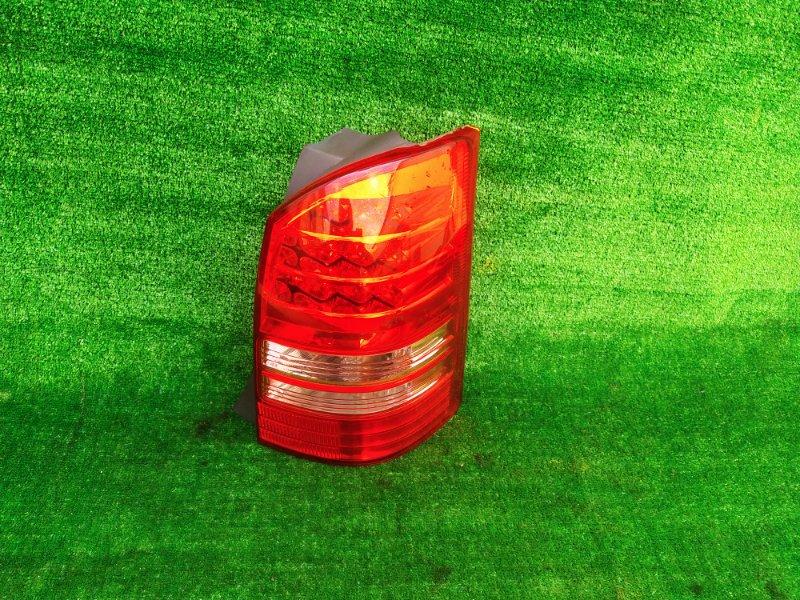 Стоп-сигнал Toyota Wish ZNE10 1ZZ-FE 2004 правый (б/у) 683 683