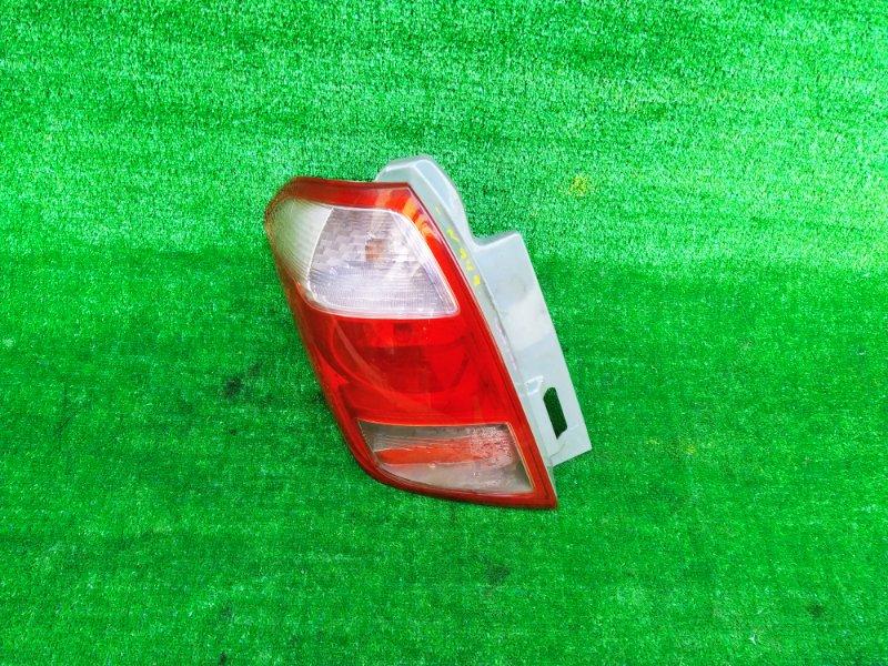 Стоп-сигнал Toyota Ractis SCP100 2SZFE 2006 левый (б/у) 949 52-159