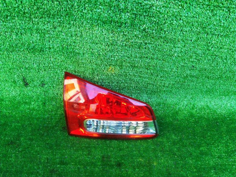 Стоп-вставка Nissan Wingroad Y12 левая (б/у) 306 132-24857