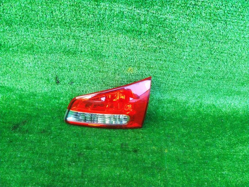 Стоп-вставка Nissan Wingroad Y12 правая (б/у) 307 132-24857
