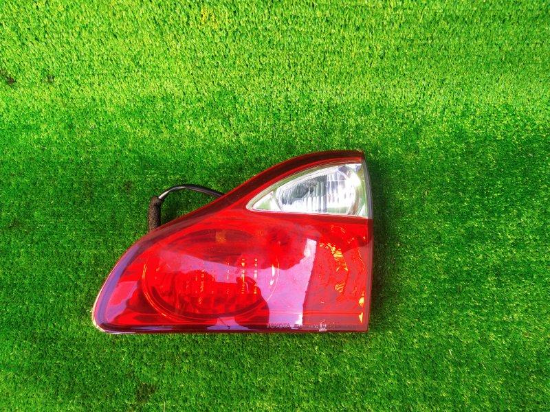 Стоп-вставка Toyota Ipsum ACM26 правая (б/у) 309 44-59