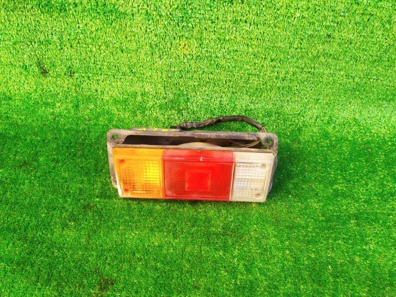 Стоп-сигнал Mazda Bongo SK22M правый (б/у) 319 220-41555