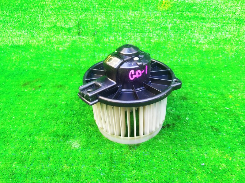 Мотор печки Honda Fit GD1 (б/у) 107