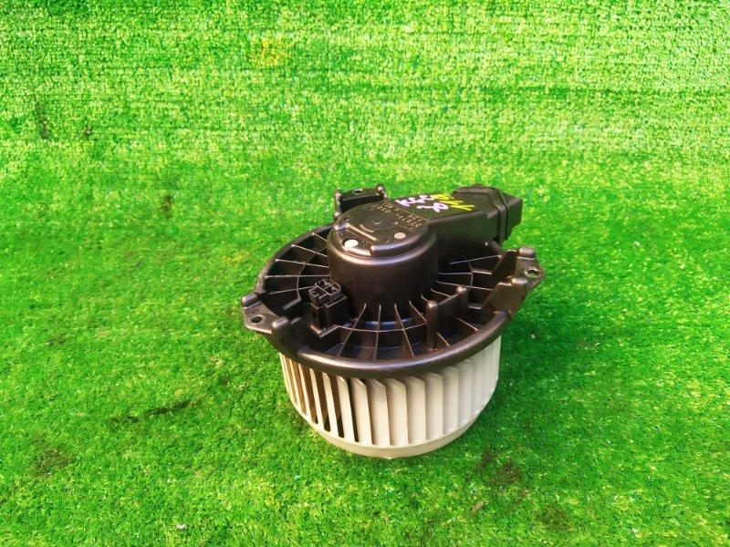 Мотор печки Toyota Passo KGC30 (б/у) 119
