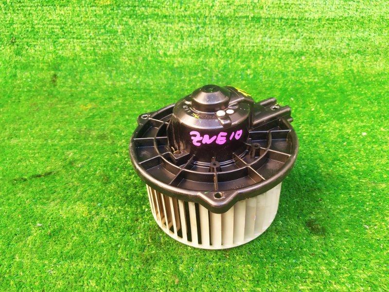 Мотор печки Toyota Wish ZNE10 (б/у) 132