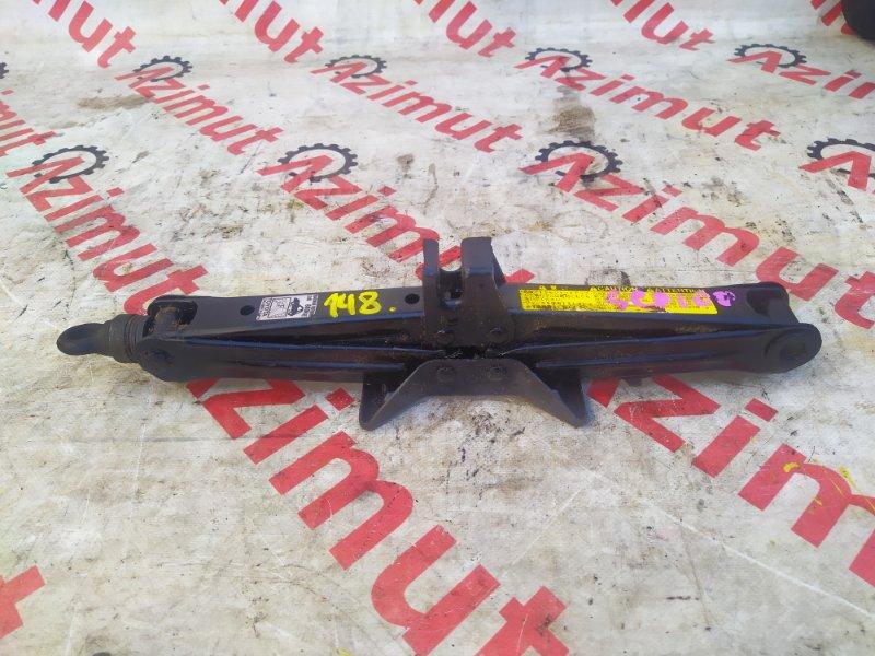 Домкрат Toyota Ractis SCP100 (б/у) 148
