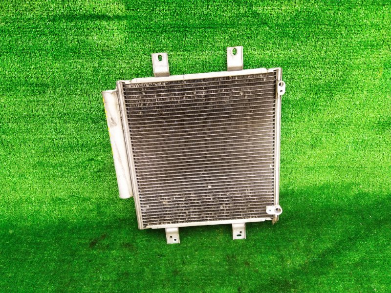Радиатор кондиционера Toyota Passo KGC30 1KRFE (б/у) 194