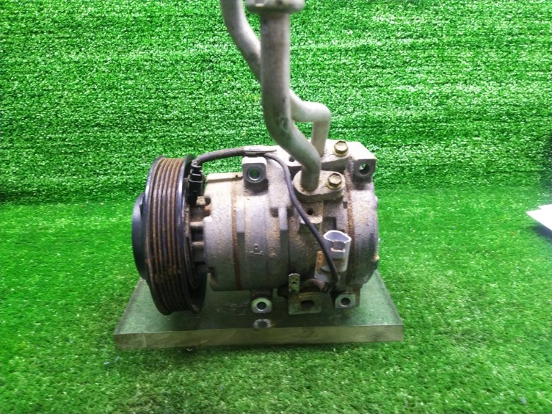 Компрессор кондиционера Toyota Opa ZCT15 1ZZFE (б/у) 447220-4451