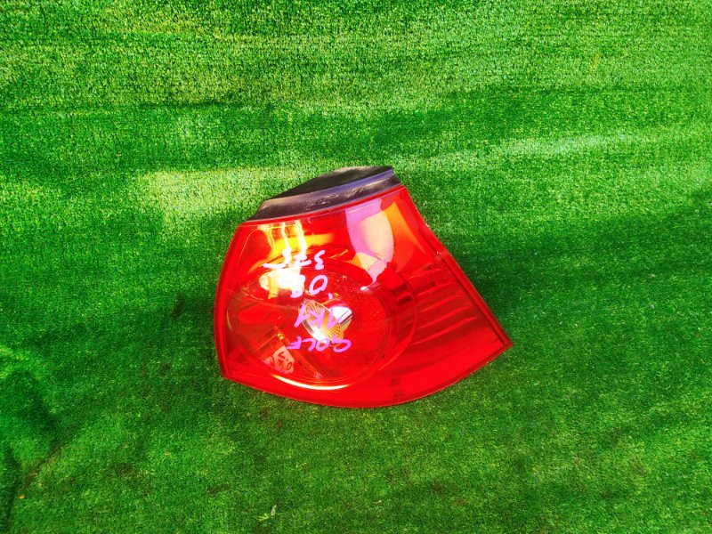 Стоп-сигнал Volkswagen Golf 1K1 BLF 2008 правый (б/у) 2200