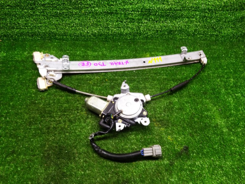 Стеклоподъемник Nissan X-Trail NT30 QR20DE 2000 передний правый (б/у)