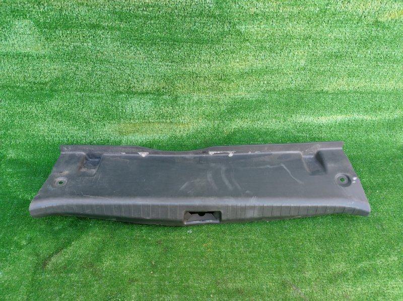 Накладка замка багажника Toyota Premio ZRT260 2ZRFE 2008 (б/у)
