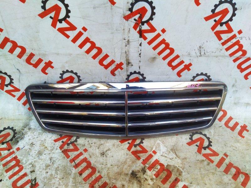 Решетка радиатора Mercedes-Benz C-Class W203 M271E18ML 2006 (б/у) A2038800223