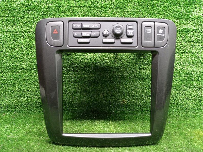 Консоль магнитофона Nissan Liberty PM12 SR20DE 2000 (б/у)