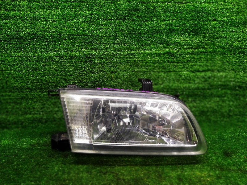 Фара Nissan Sunny FB15 QG15DE 2003 правая (б/у)