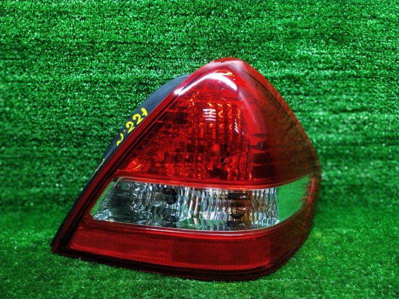 Стоп-сигнал Nissan Tiida C11 HR15DE 2005 правый (б/у) 4088
