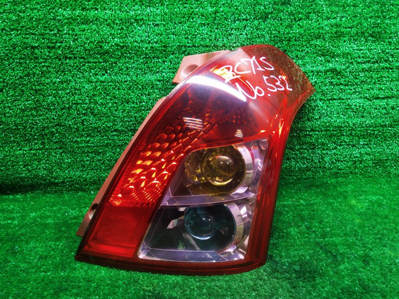 Стоп-сигнал Suzuki Swift ZC71S K12B 2008 правый (б/у)