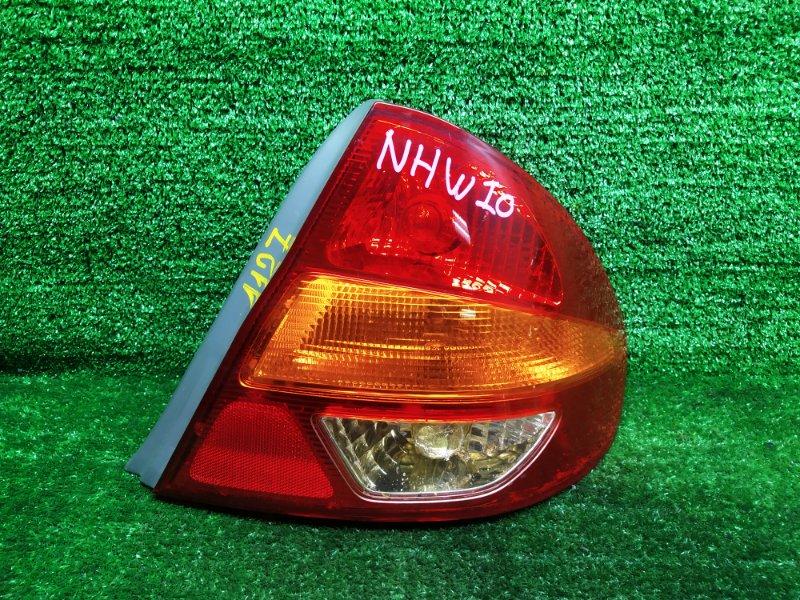 Стоп-сигнал Toyota Prius NHW10 правый (б/у)
