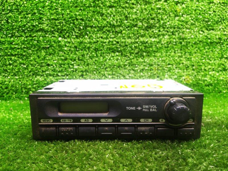 Радиоприемник Hino Dutro XZU378 (б/у)