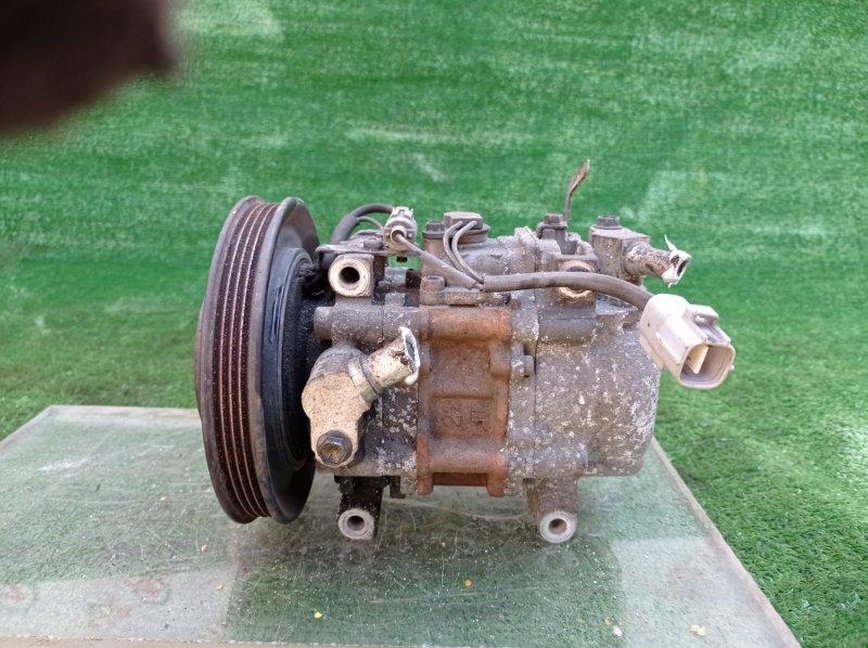 Компрессор кондиционера Toyota Sprinter Carib AE114 4AFE 01.1997 (б/у)