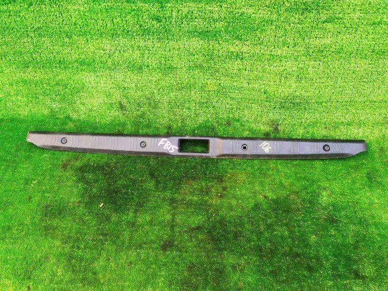 Накладка замка багажника Nissan Sunny FB15 (б/у)