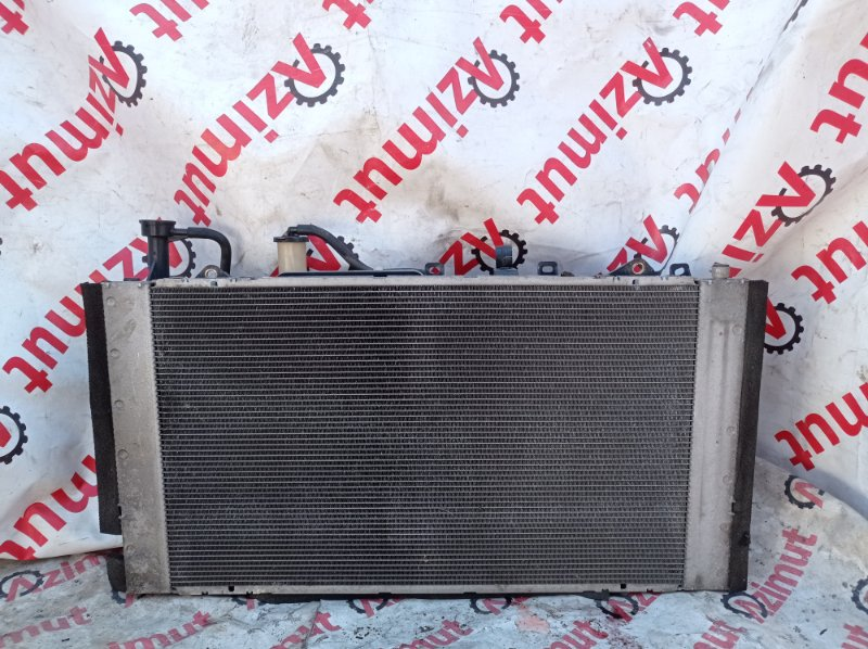 Радиатор основной Toyota Prius NHW20 1NZFXE 2005 (б/у)