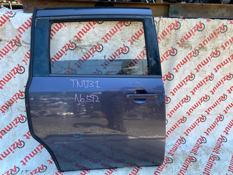 Дверь Nissan Presage TNU31 QR25DE 2004 задняя правая (б/у)