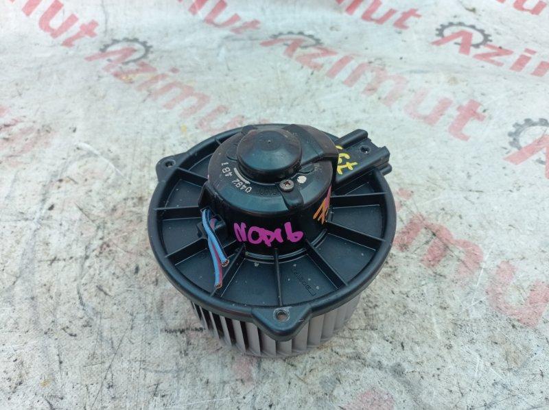 Мотор печки Toyota Platz NCP16 2NZFE 04.2000 (б/у) 8710352070