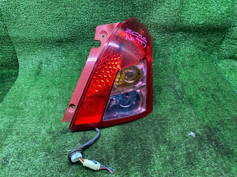 Стоп-сигнал Suzuki Swift ZC71S K12B 2008 задний правый (б/у) 5696