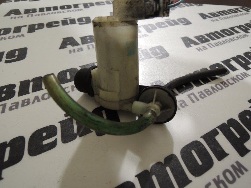 Мотор бачка омывателя Nissan Lafesta B30