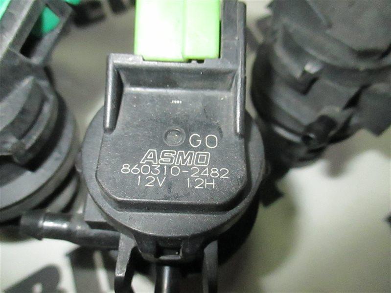 Мотор бачка омывателя Toyota Passo KGC10