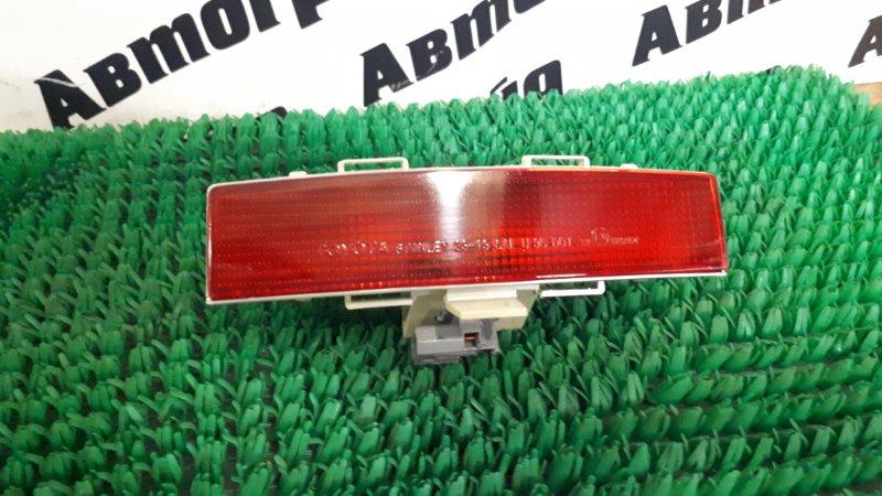 Стоп-сигнал в салоне Toyota Camry Gracia SXV20 5S 2000