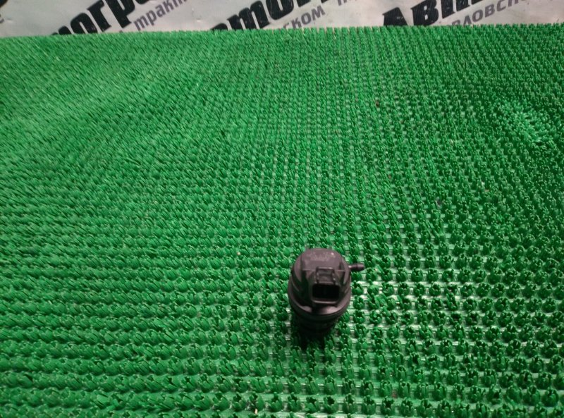 Мотор бачка омывателя Mazda Axela BK3P