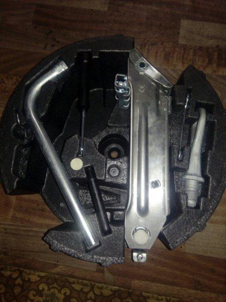 Набор инструмента Audi A6 4B BES 2004 (б/у)