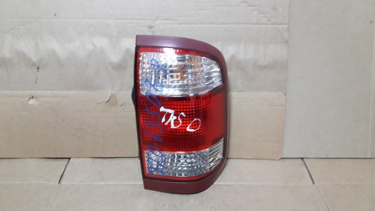 Стоп-сигнал Nissan Terrano TR50 задний правый (б/у)