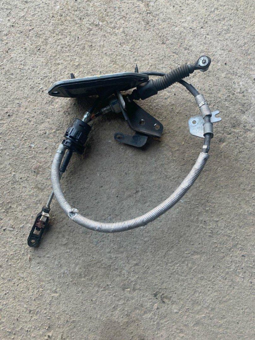 Тросик автомата Toyota Ractis NCP100 1NZFE (б/у)
